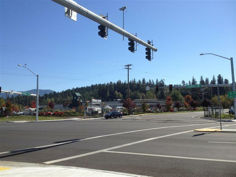 1856 Dowell Road, Grants Pass, OR - USA (photo 2)
