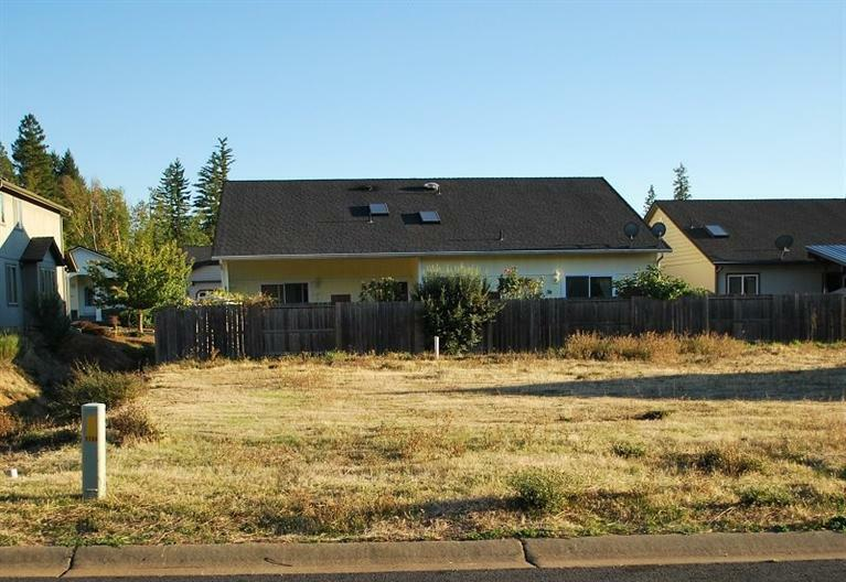 237 Red Cedar Lane, Cave Junction, OR - USA (photo 1)