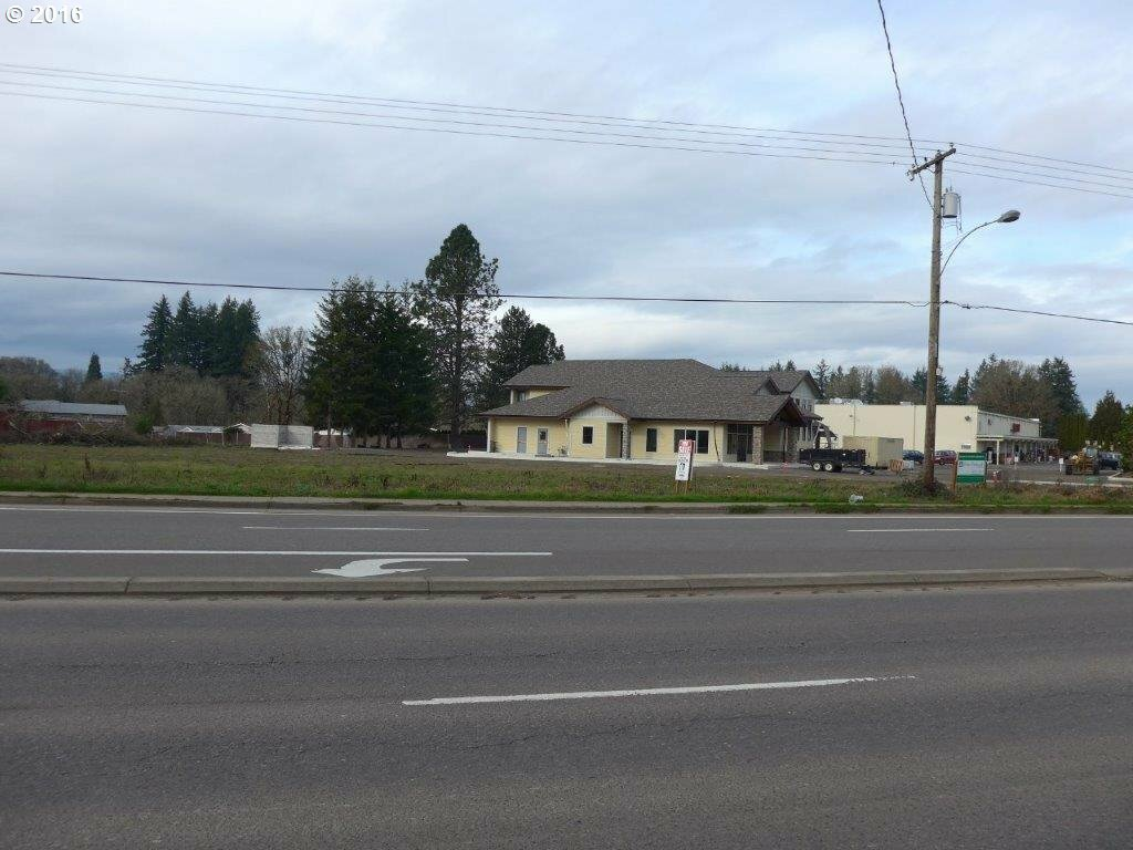 1755 Sw Baker St, Mcminnville, OR - USA (photo 1)