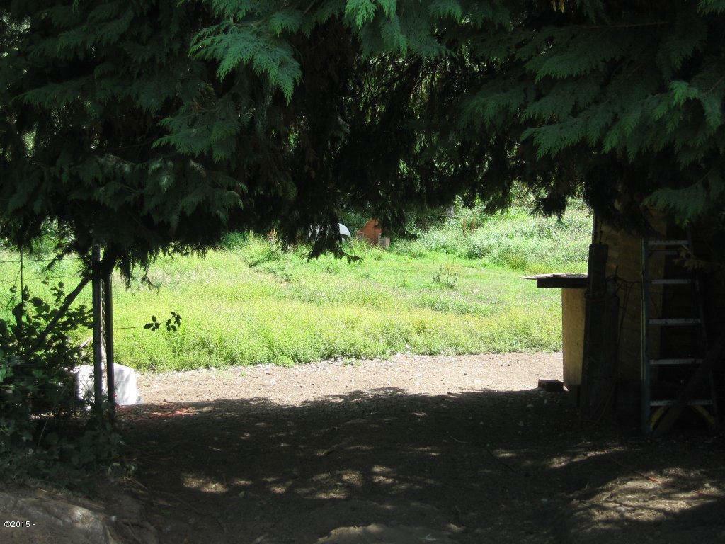 1372 Yasek Loop, Toledo, OR - USA (photo 4)