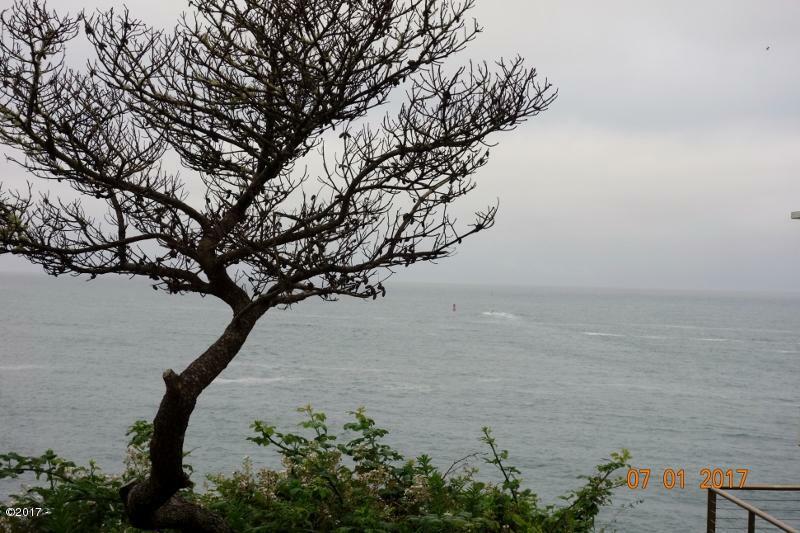 315 Sw Coast Ave, Depoe Bay, OR - USA (photo 5)