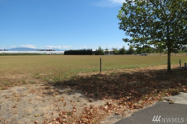 1 W Alderwood Dr, Lynden, WA - USA (photo 3)