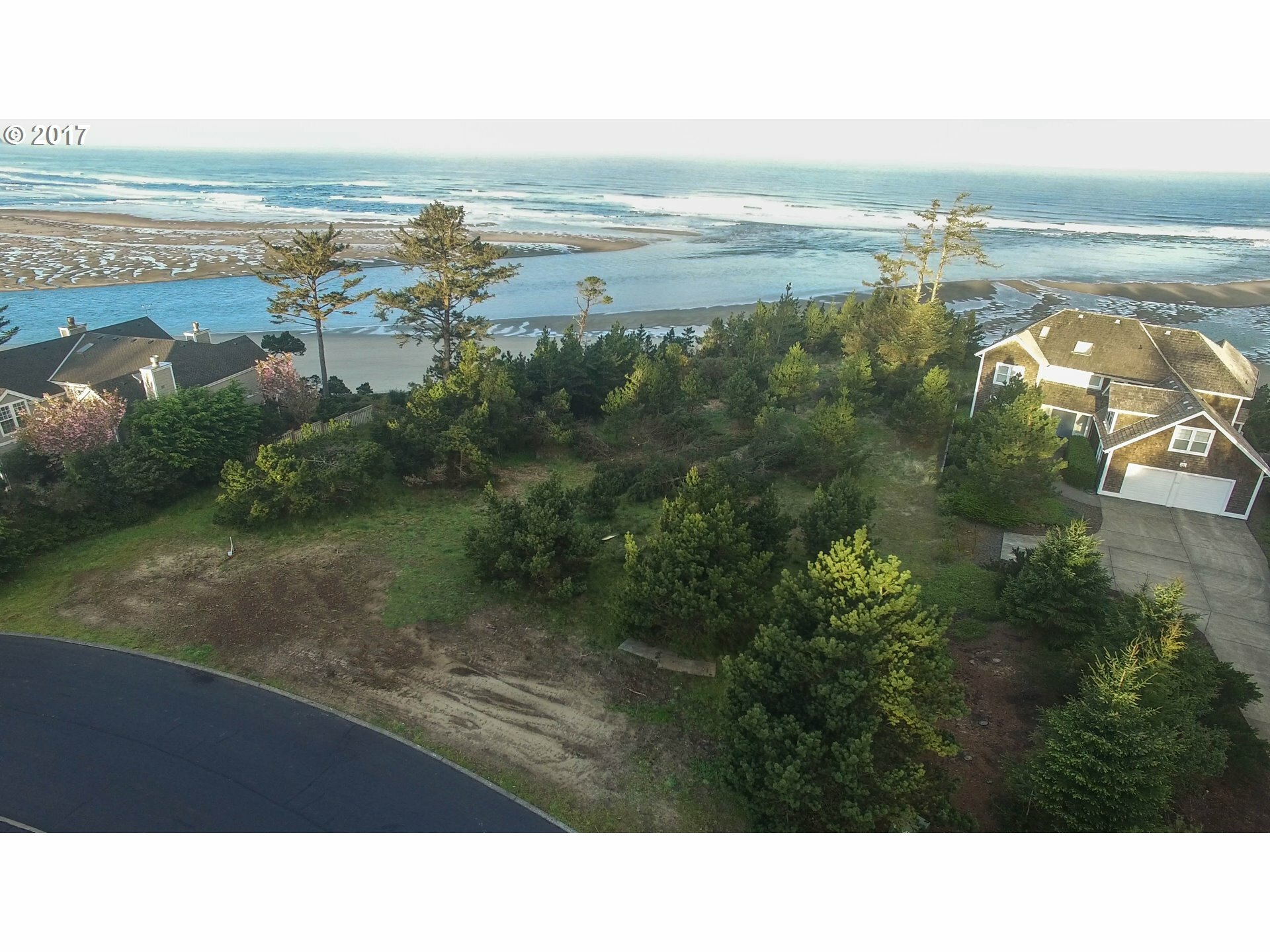 141 Fall Creek Dr, Oceanside, OR - USA (photo 2)