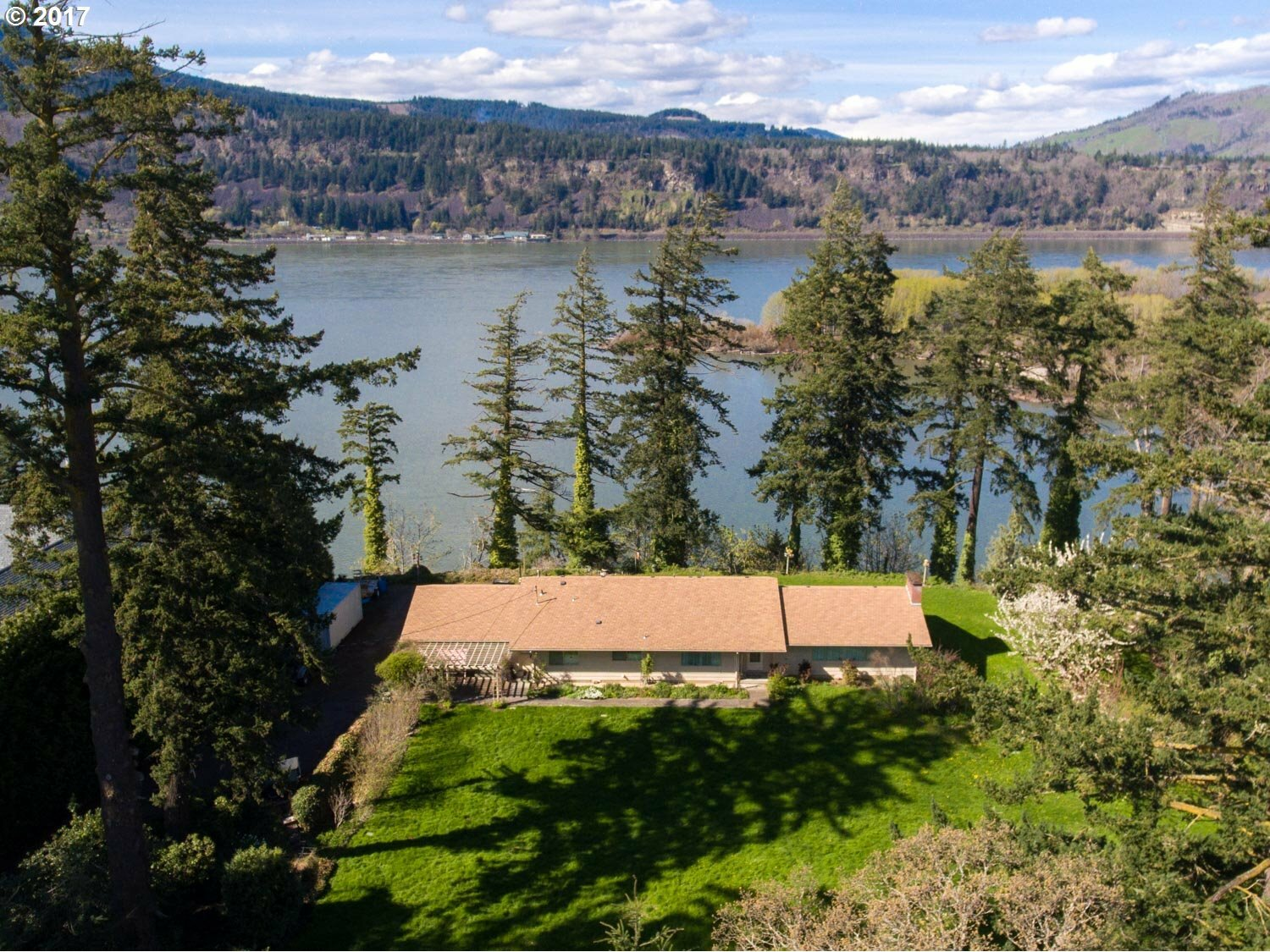 3572 Westcliff Dr, Hood River, OR - USA (photo 2)