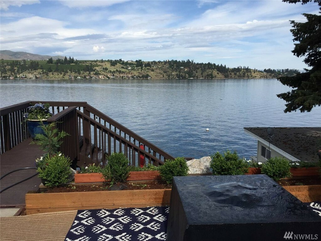 10670 S Lakeshore Rd, Chelan, WA - USA (photo 3)