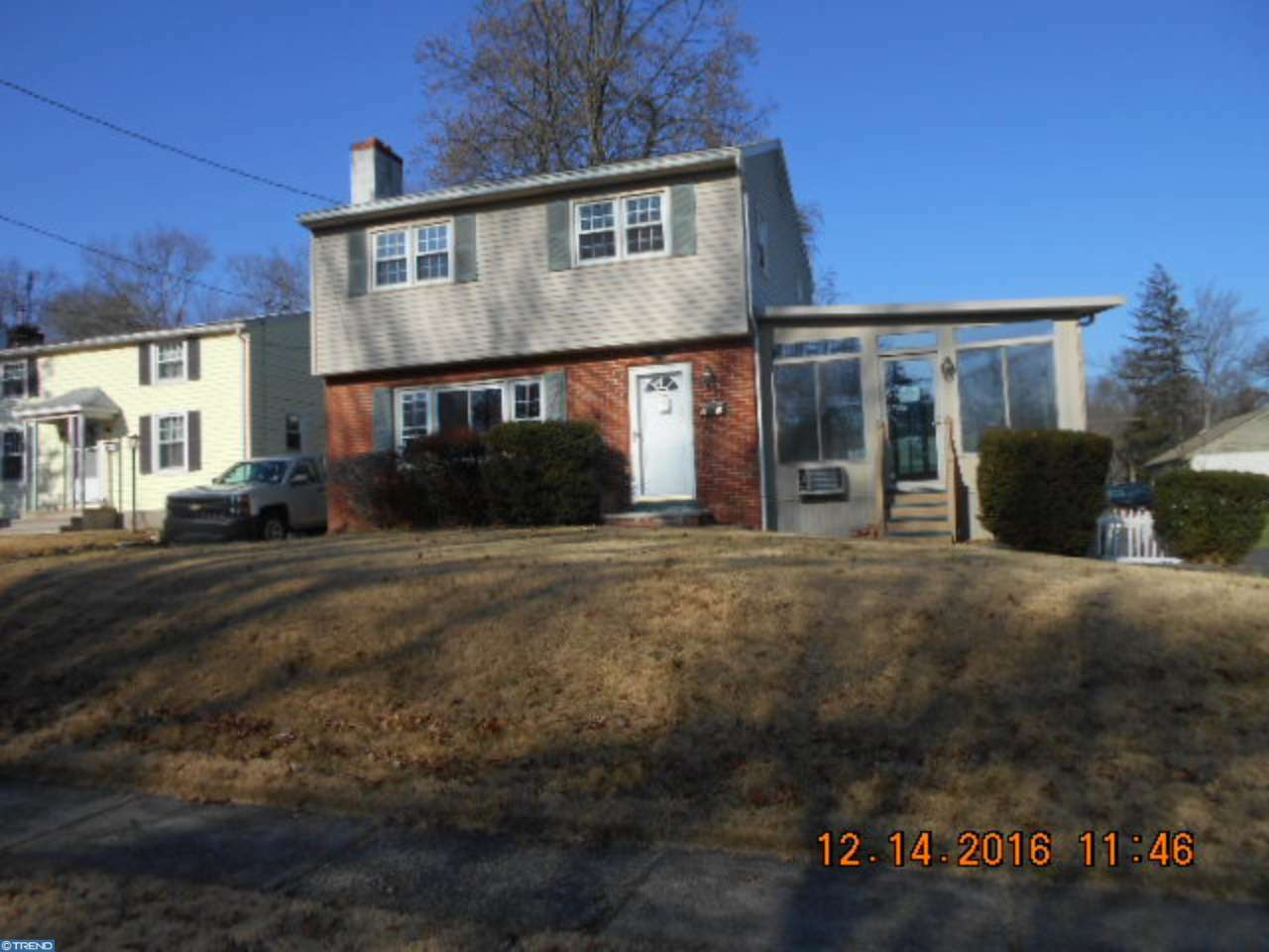 82 W Maple Ave, Morrisville, PA - USA (photo 2)