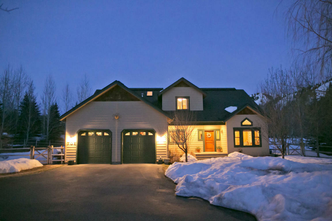 701 Canyon Rd, Hailey, ID - USA (photo 1)