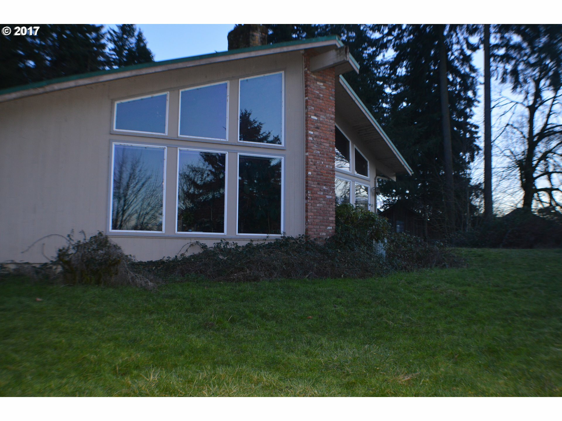 4100 Gilham Rd, Eugene, OR - USA (photo 5)