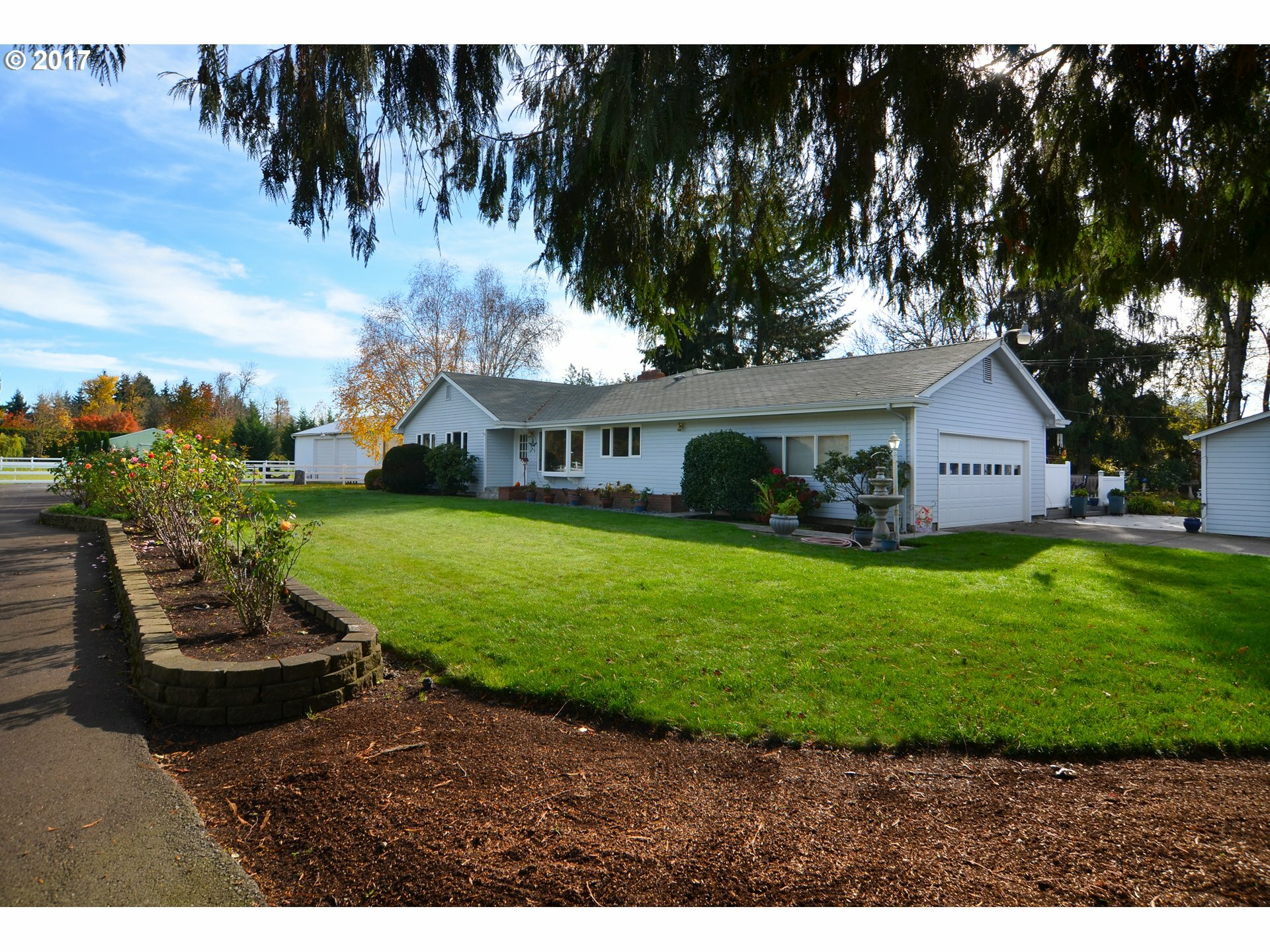 30536 Beacon Dr, Junction City, OR - USA (photo 1)