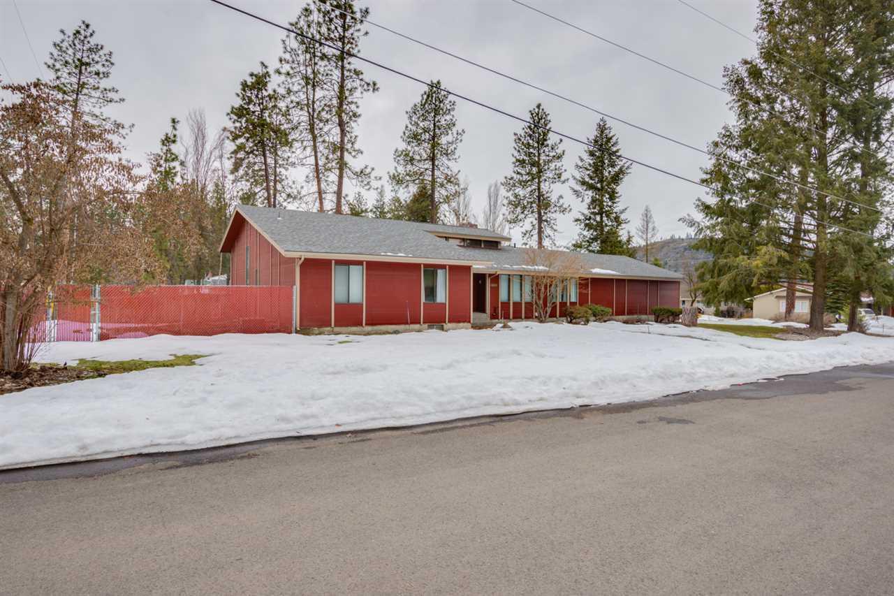 12021 N Country Club Dr, Spokane, WA - USA (photo 1)