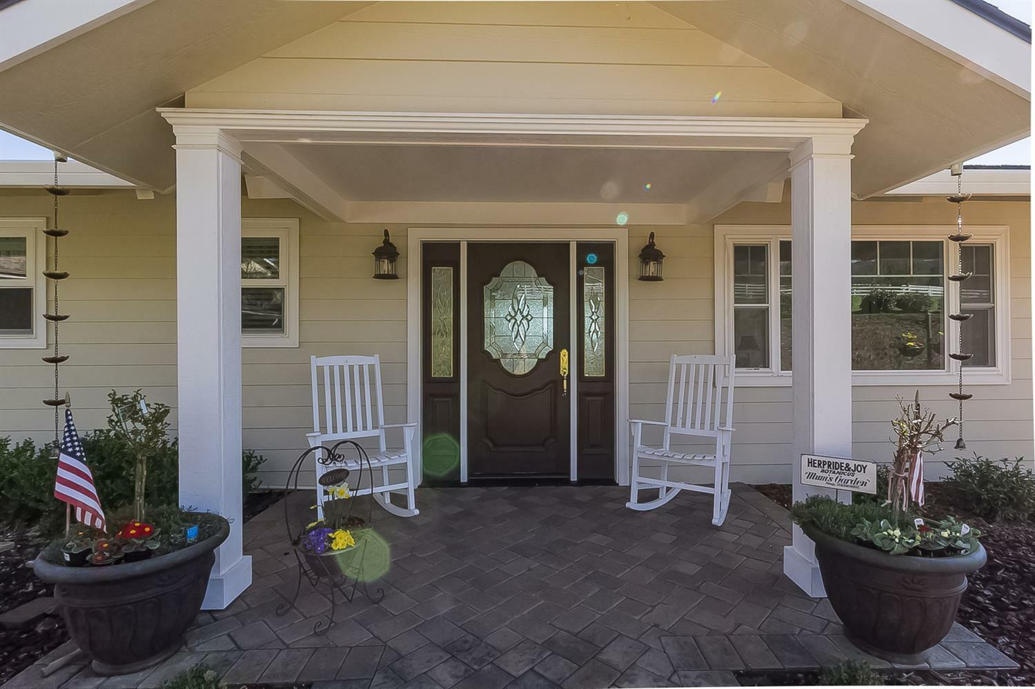 2214 Hillside Drive, Central Point, OR - USA (photo 2)