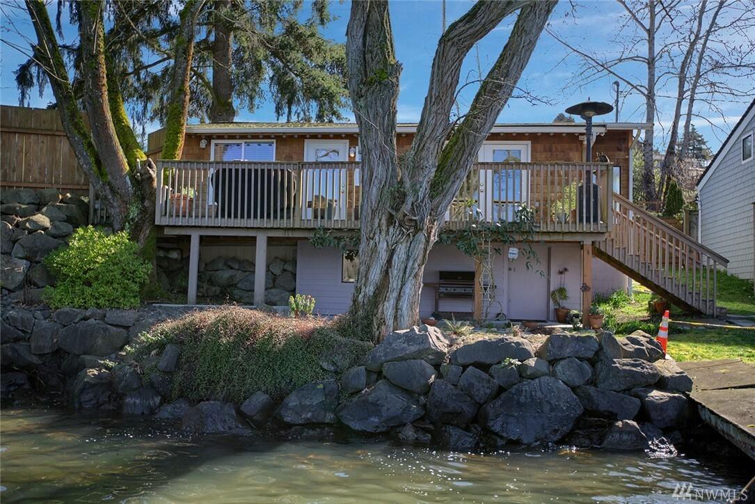 3827 Lake Washington Blvd N, Renton, WA - USA (photo 3)