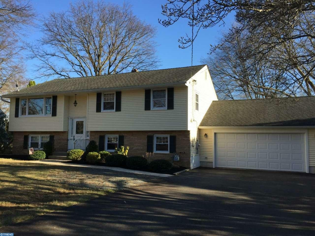21 Malaga Dr, Ewing, NJ - USA (photo 1)