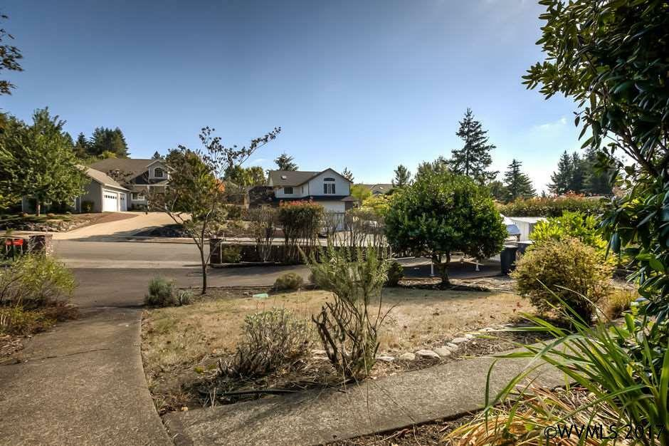 2876 Nw 13th St, Corvallis, OR - USA (photo 3)