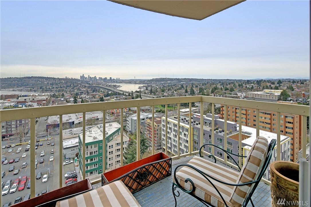 4540 8th Ave Ne 1801, Seattle, WA - USA (photo 1)