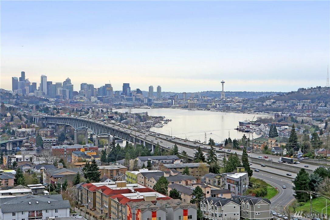 4540 8th Ave Ne 1801, Seattle, WA - USA (photo 2)