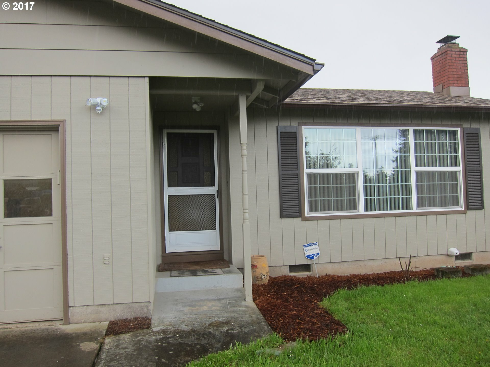 487 Pinedale Ave, Springfield, OR - USA (photo 5)