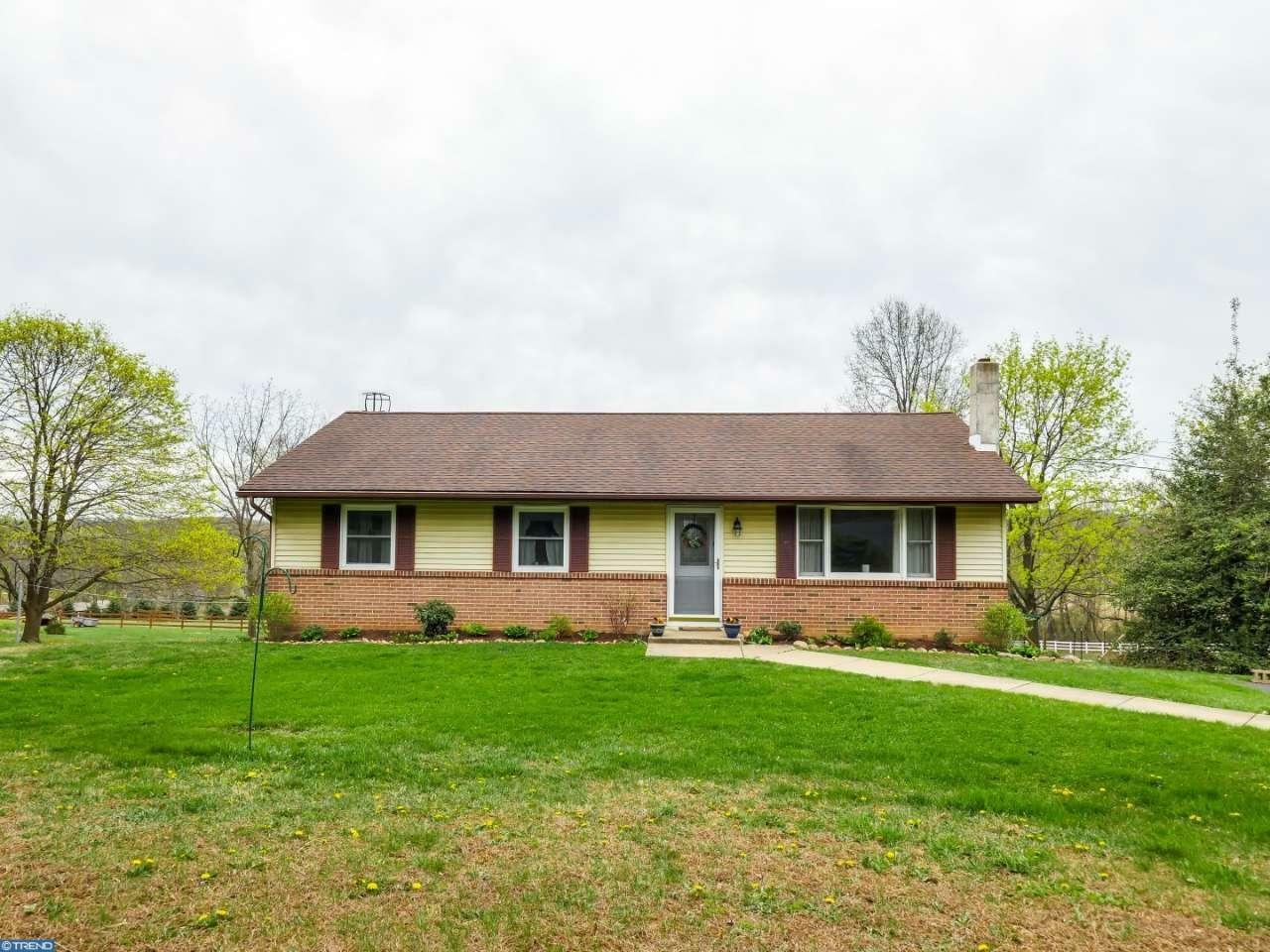 3678 Buckwampum Rd, Riegelsville, PA - USA (photo 1)
