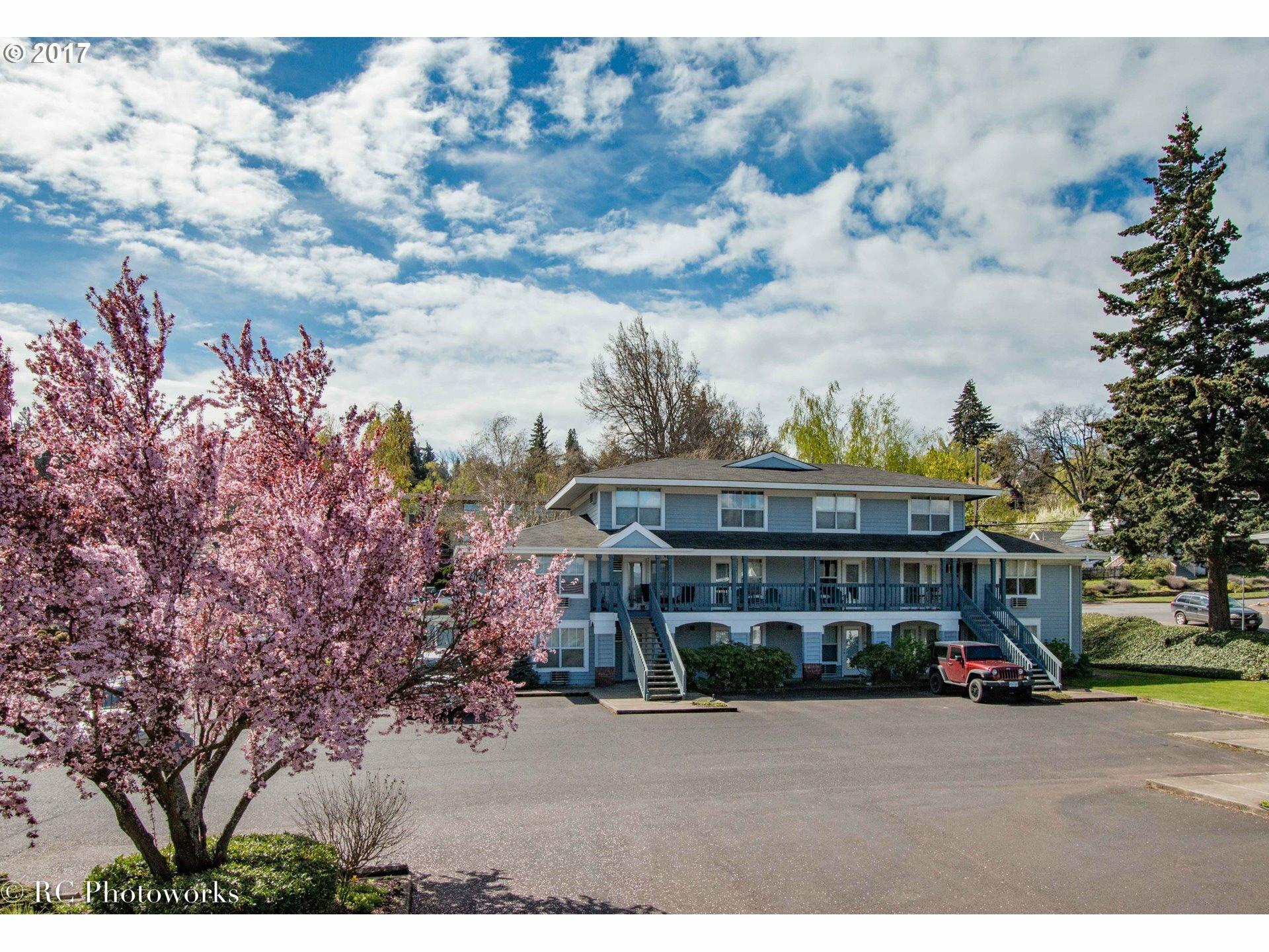 714 Cascade Ave 9, Hood River, OR - USA (photo 1)