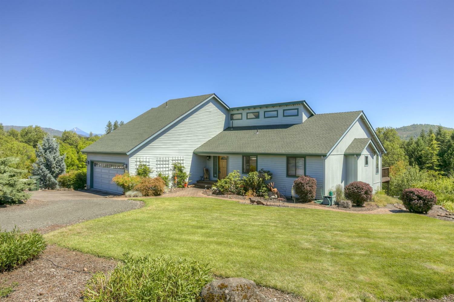 1577 Highway 234, Eagle Point, OR - USA (photo 2)