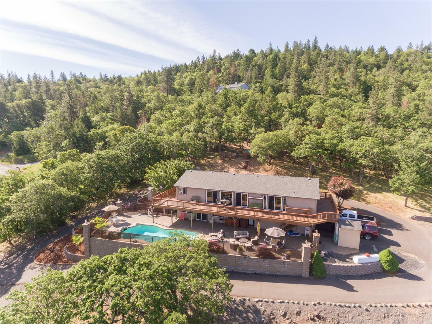 250 Andesite Drive, Jacksonville, OR - USA (photo 2)