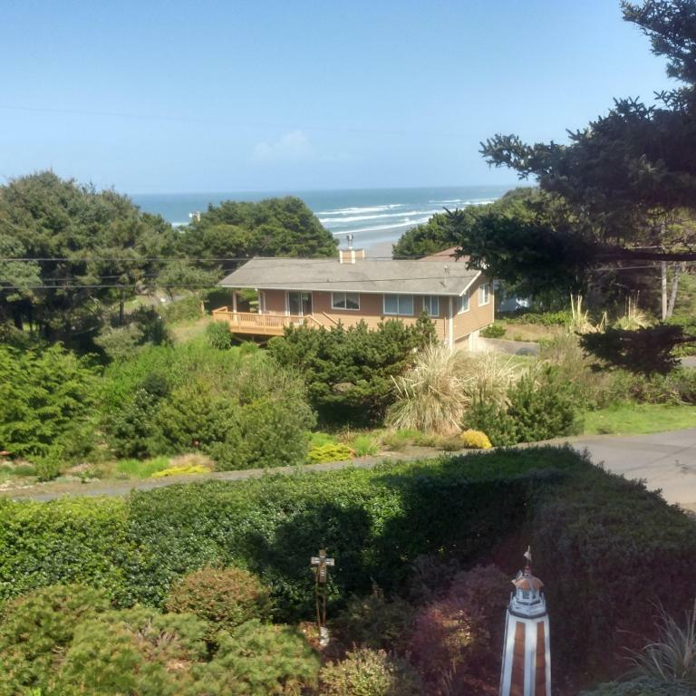 193 Sw 82nd St, South Beach, OR - USA (photo 3)