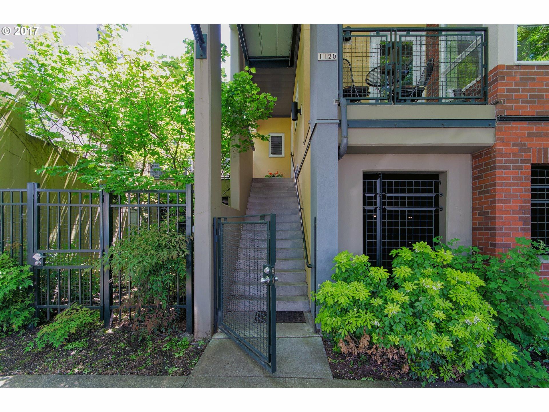 1120 Ne Schuyler St 104, Portland, OR - USA (photo 1)