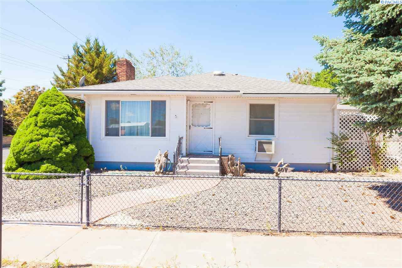 407 N Burke, Connell, WA - USA (photo 1)