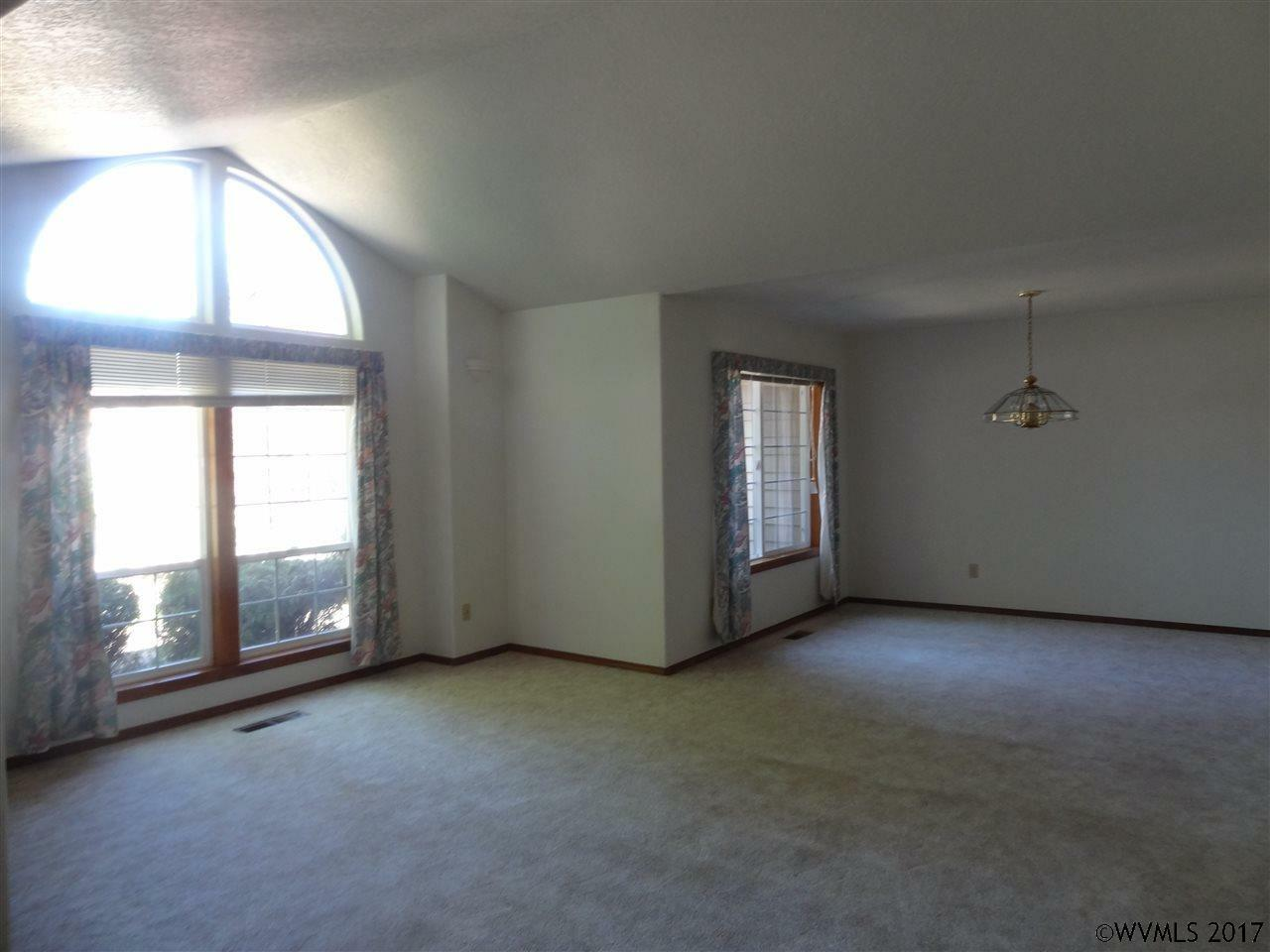 355 Jacobson Ct, Monmouth, OR - USA (photo 5)