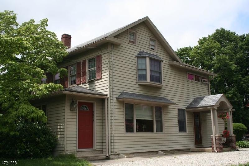 1703 Canal Lane, Upper Black Eddy, PA - USA (photo 1)