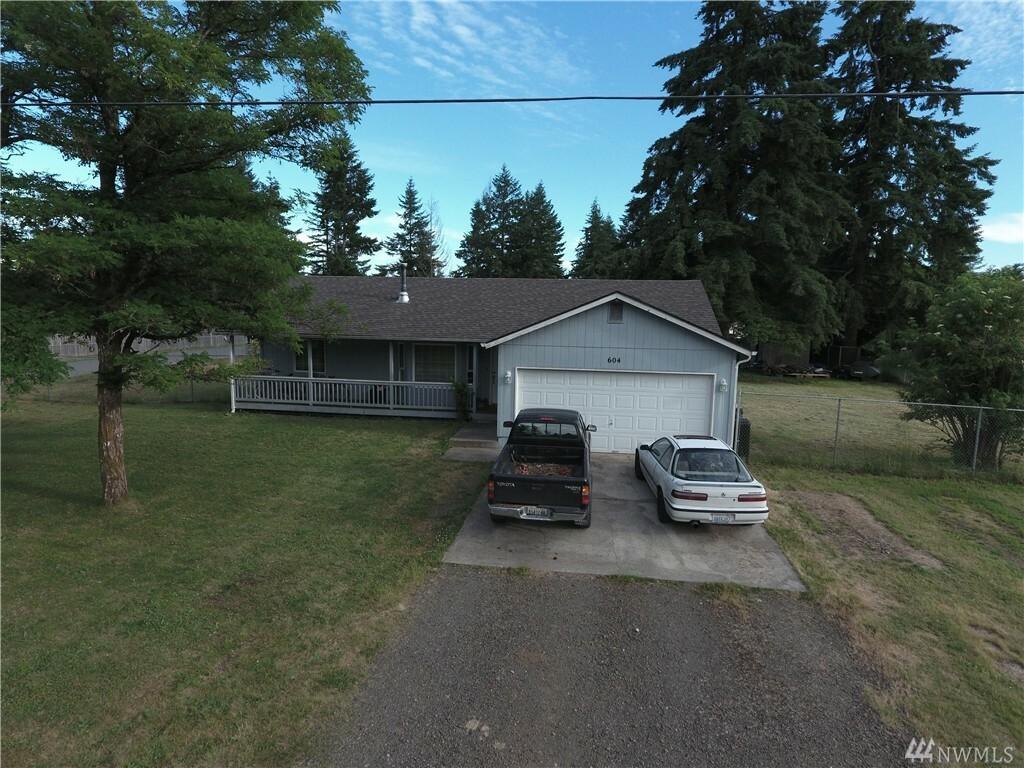 604 Rochester St W, Rainier, WA - USA (photo 1)