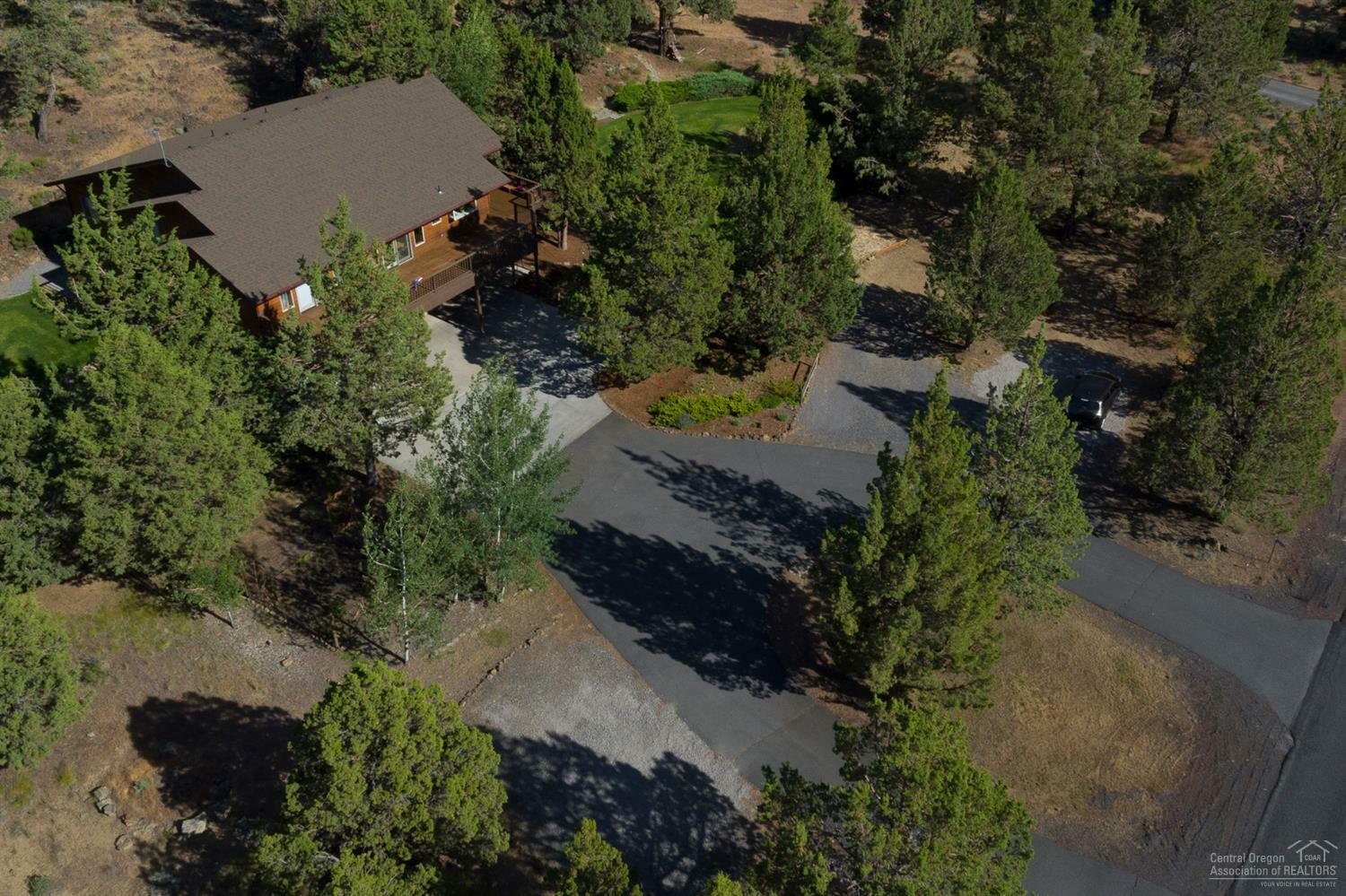 64604 Boones Borough Drive, Bend, OR - USA (photo 4)
