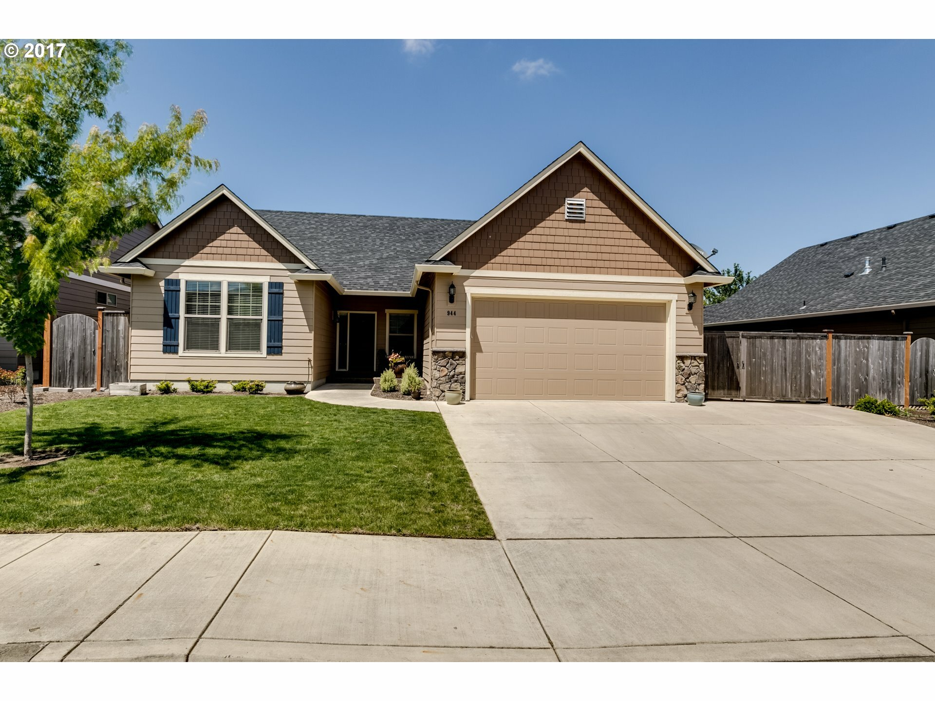 944 Kaylee Ave, Junction City, OR - USA (photo 1)