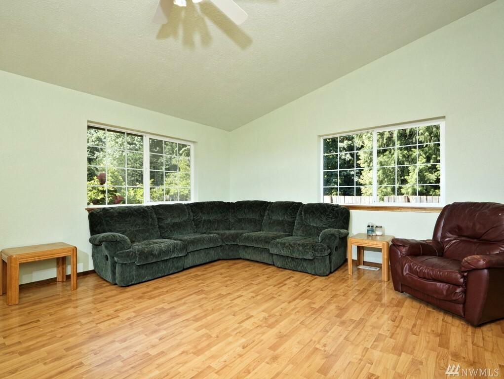 580 W Maple Rock Rd, Matlock, WA - USA (photo 4)