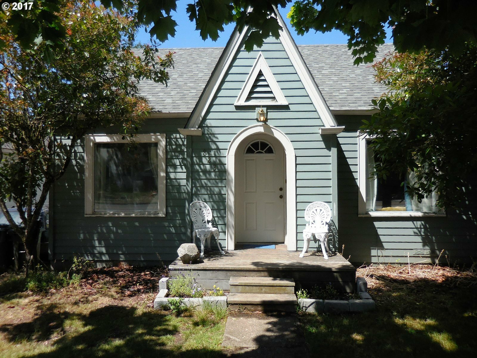 823 W 19th Ave, Eugene, OR - USA (photo 1)