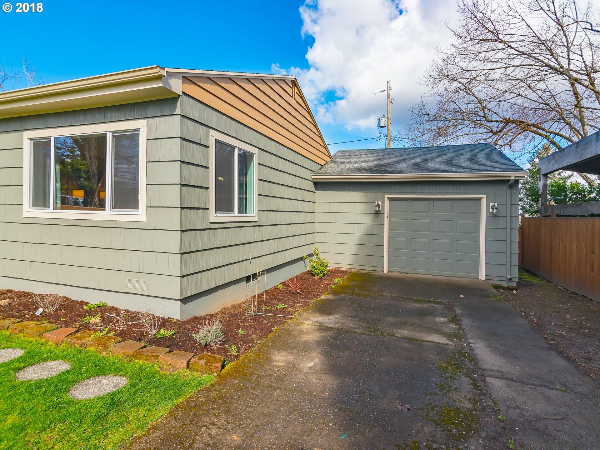 8527 Ne Humboldt St, Portland, OR - USA (photo 4)