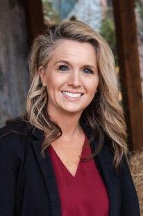 Stacy  Davis