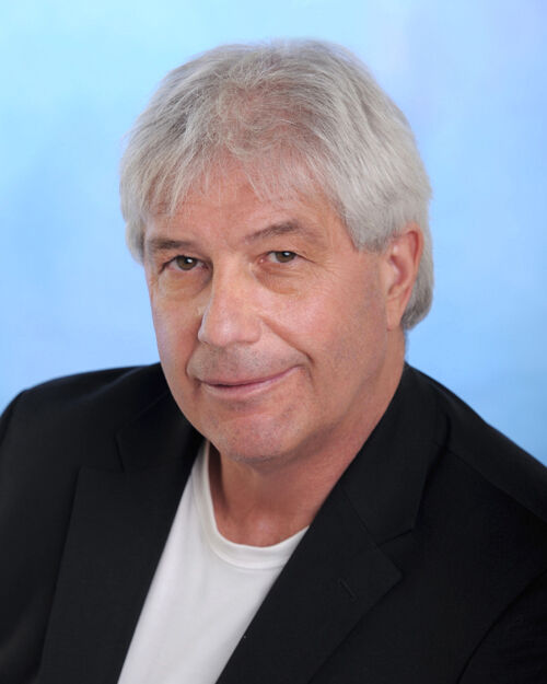 Eugene Lowe