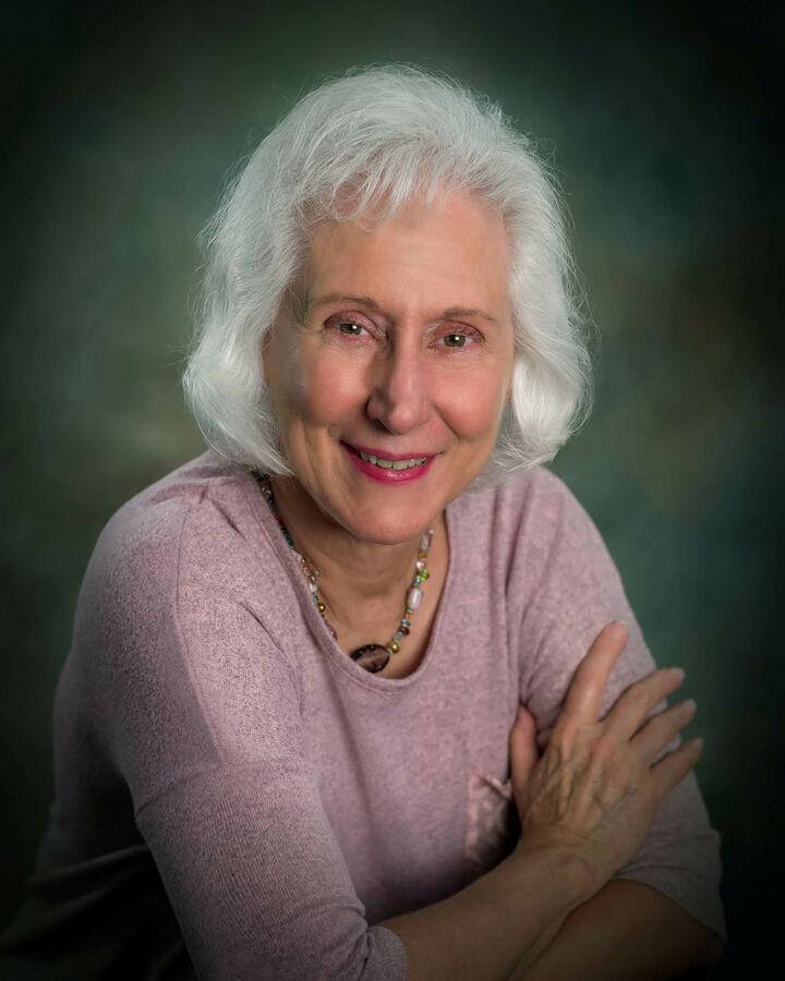 Joan Genter