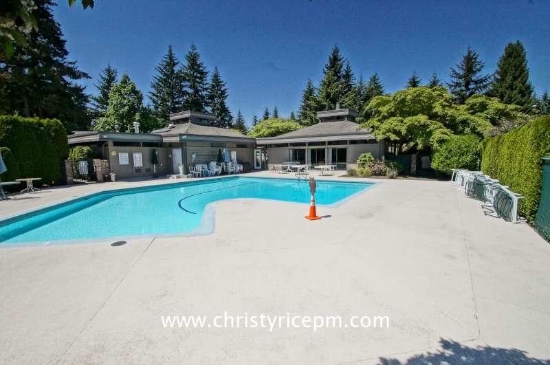14306 Ne 2nd Place, Bellevue, WA - USA (photo 2)